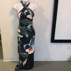 Dresses & Skirts - Asymmetrical flower dress